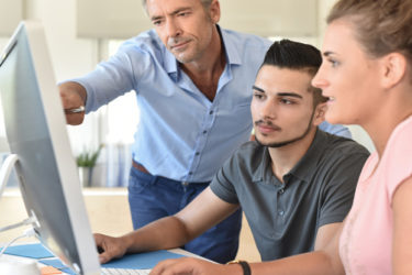 Studenten in der betrieblichen Abrechnungspraxis – Praktikanten