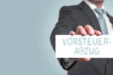Erleichterung für Unternehmer: Laut BFH wirken Rechnungsberichtigungen nunmehr auch rückwirkend